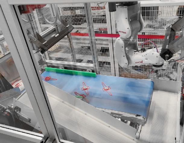 VariPic™ handles Typhoon valve seat with Springfit™ disposable mask skeleton